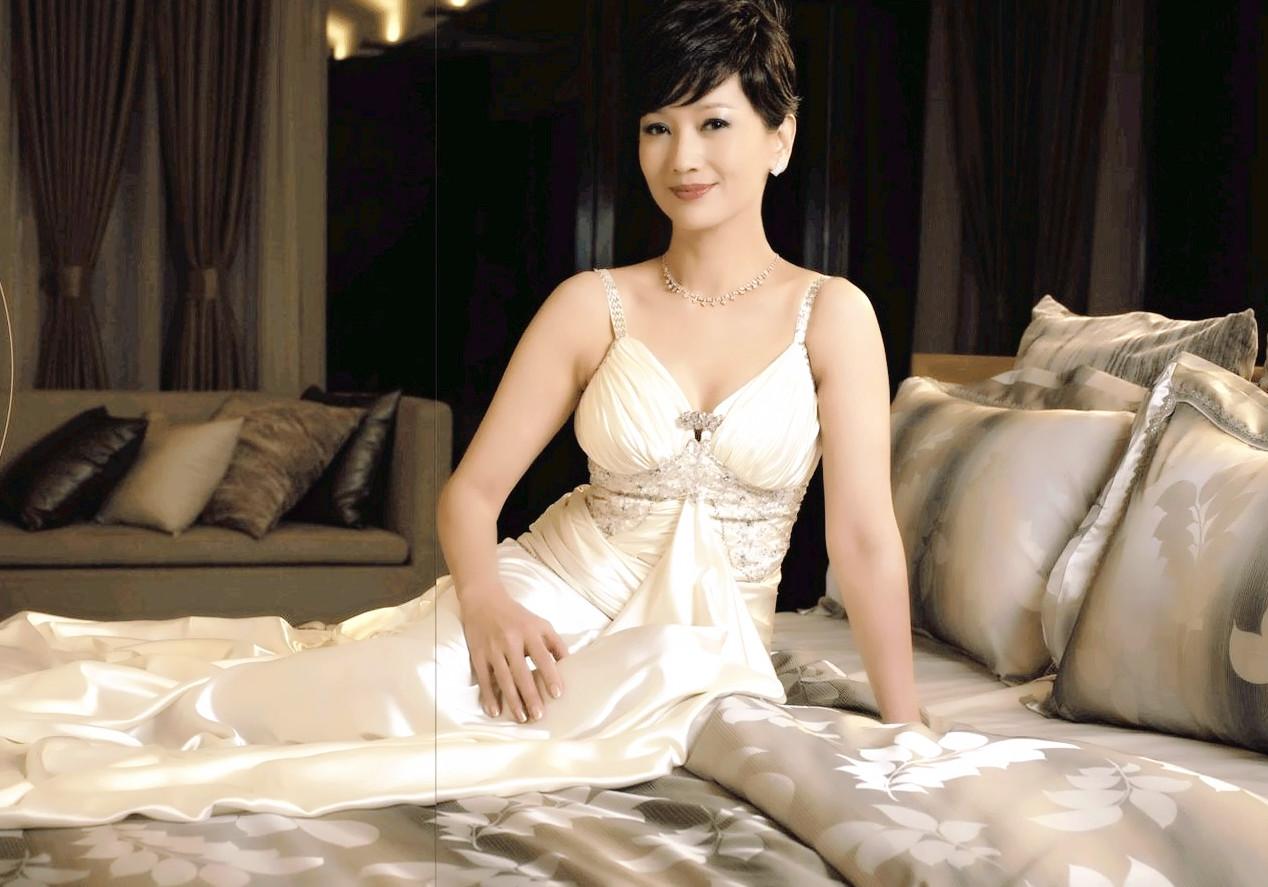 《上海灘》10位主演近況懸殊,有2位老戲骨離世,也有人離婚出家