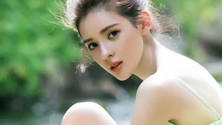 張予曦是一位敢愛敢恨的女孩,表白了王思聰,也甩了王思聰!