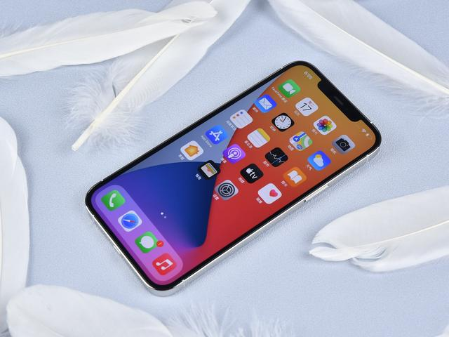 蘋果庫克一針見血,揭示出安卓手機的弊端,難怪果粉要買iPhone