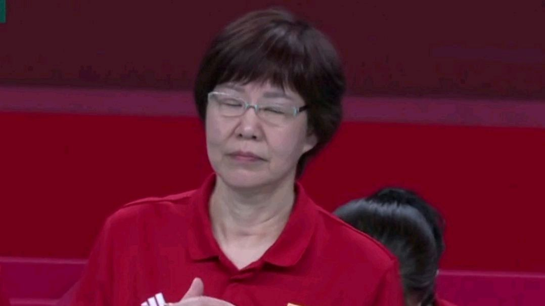 狀態不佳?中國女排,0比3首戰失利,王夢潔和朱婷先後被推上熱搜