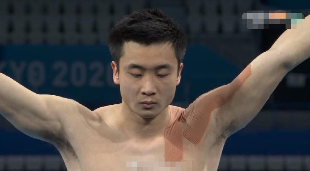 中國包攬男子10米臺跳水冠亞軍,最後的兩跳太牛了!喜提第38金!