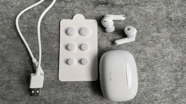 小度主動降噪智慧耳機Pro體驗:極致價效比 職場人士會議好助手